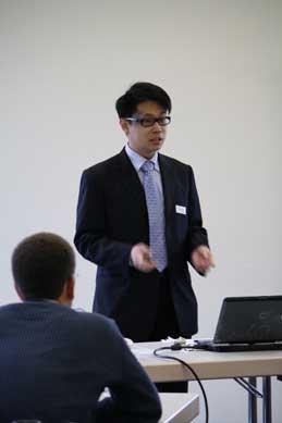 Rain Wong presenting Visual Paradigm Server