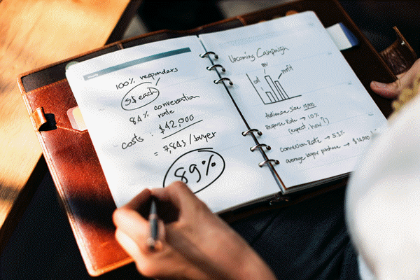 Project Management with pens and paper